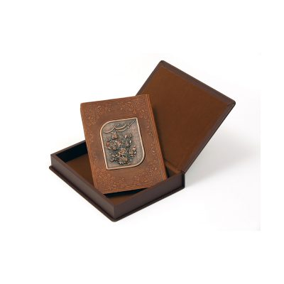 جعبه وکتاب گلستان سعدی